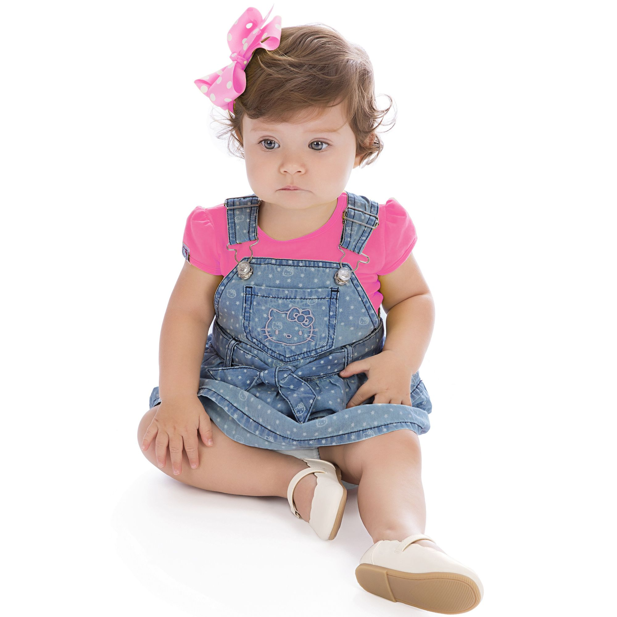 Jardineira jeans estrelas e camiseta pink hello kitty for Jardineira jeans infantil c a