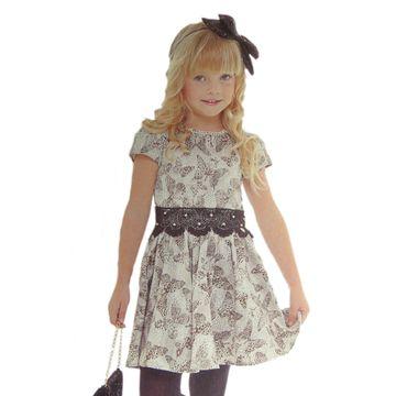 vestido-infantil-flores-borboletas-estampa-oncinha-gabriela