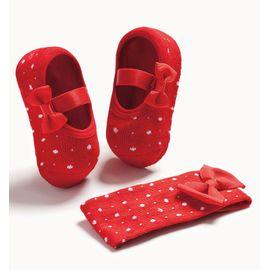 sapatilha-meia-bebe-com-faixa-de-cabelo-vermelha-puket