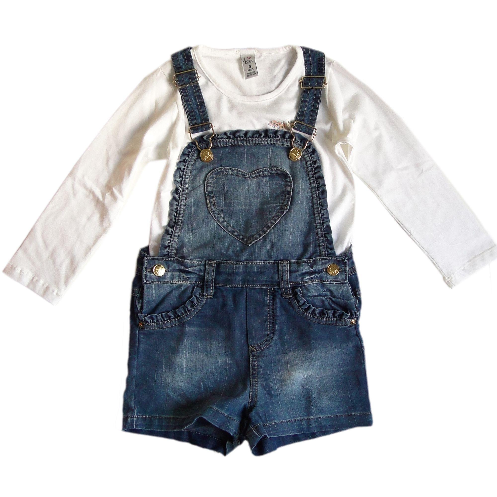 818051a887 Jardineira Infantil em Jeans Coração e Camiseta Borboletas - Moda Infantil  para meninas é na EcaMeleca Kids - EcaMeleca