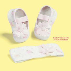 meia-bebe-sapatilha-com-faixa-cabelo-branca-com-flores-puket