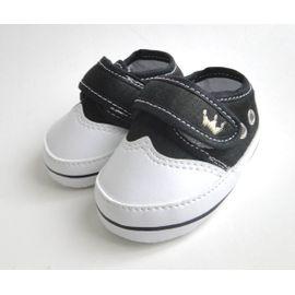 sapatinho-bebe-menino-branco-e-preto-coroa-dourada-1