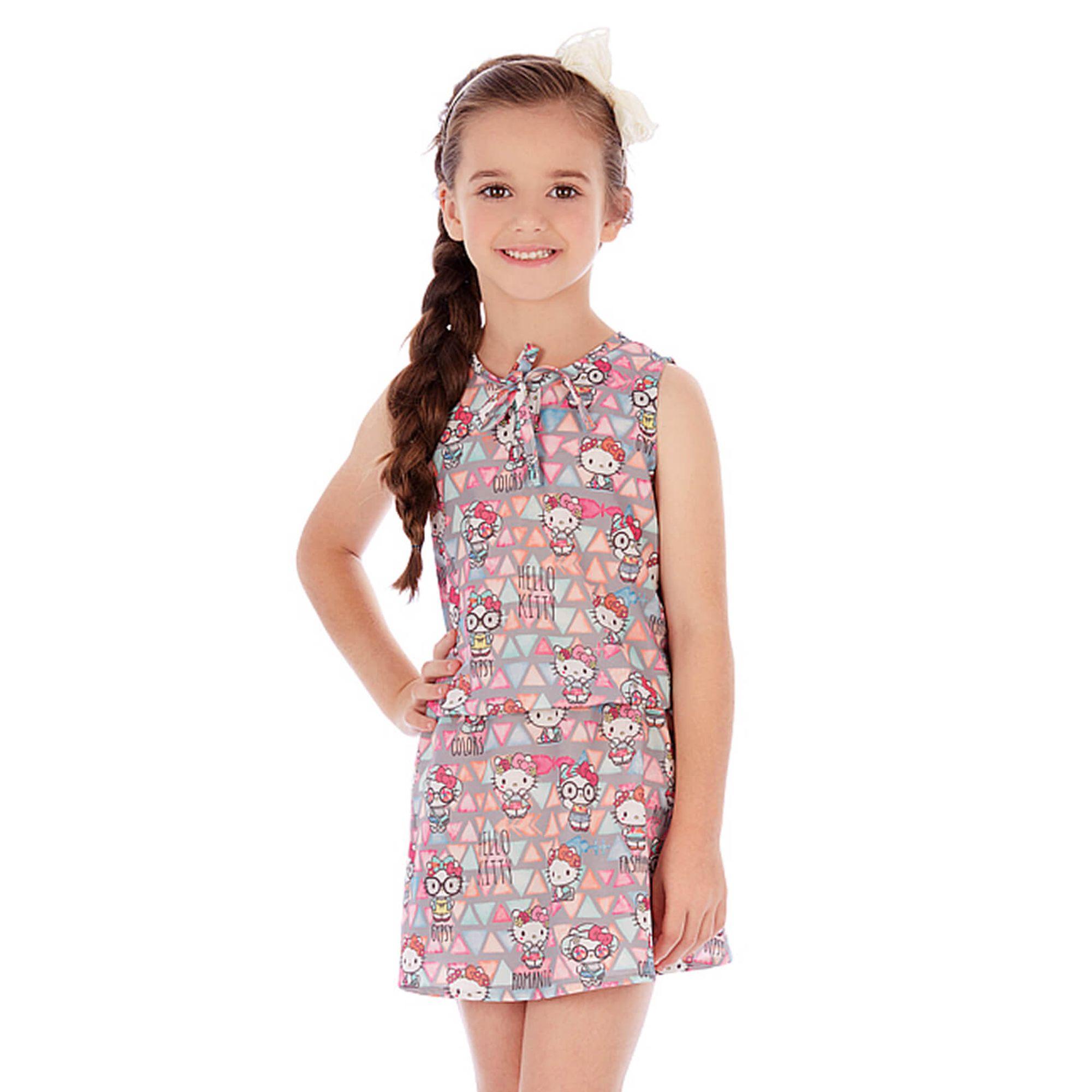 Feminina, fashion, e super enérgica: assim é a menina Play Up. Disponível dos 2 aos aos 14 anos, a linha Kids Girl apresenta propostas que combinam moda, feminilidade e conforto, com a naturalidade e espontaneidade que é própria das crianças!
