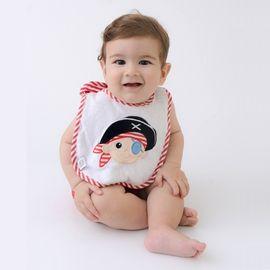 babador-bebe-atoalhado-pirata-impermeavel-bordado