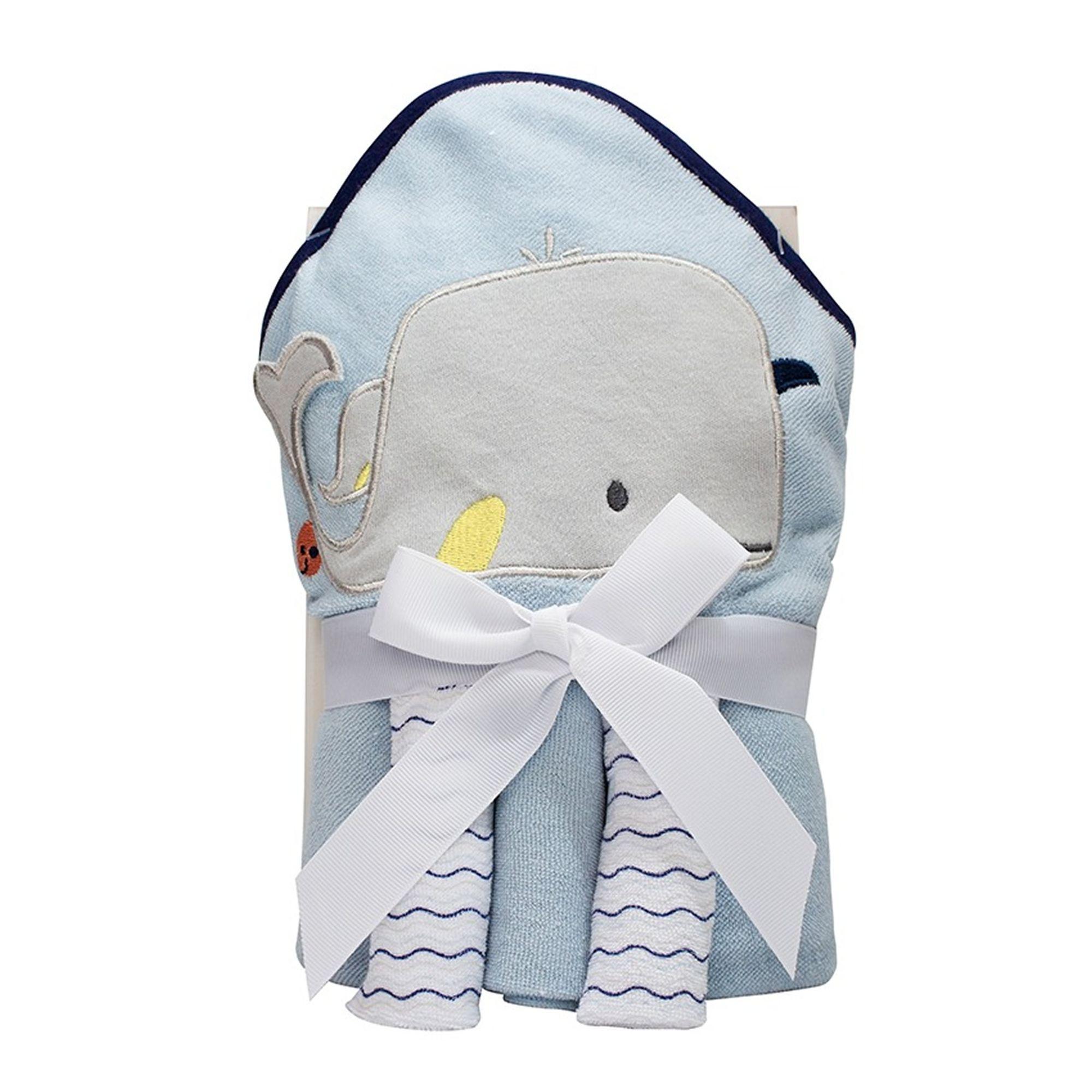 kit-toalha-bebe-e-3-toalhinhas-baleia-azul-claro